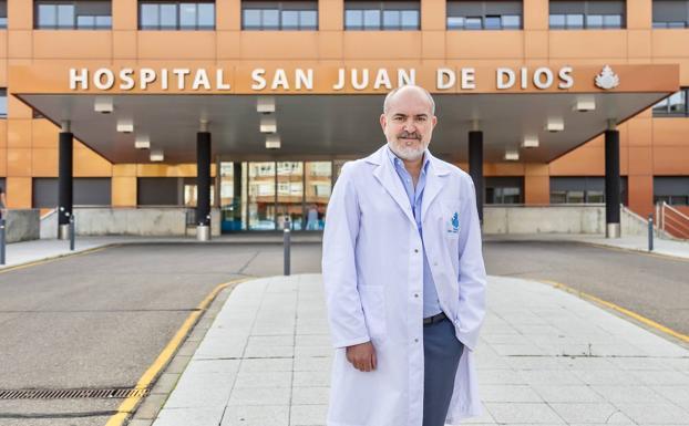 Me hace feliz el reconocimiento de mis pacientes y ayudarles a recuperar su calidad de vida